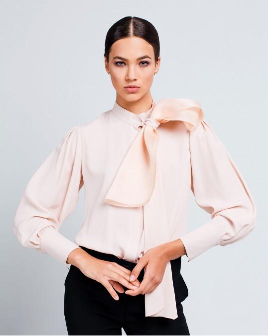 Блуза из шелка с бантом из шелка-органзы